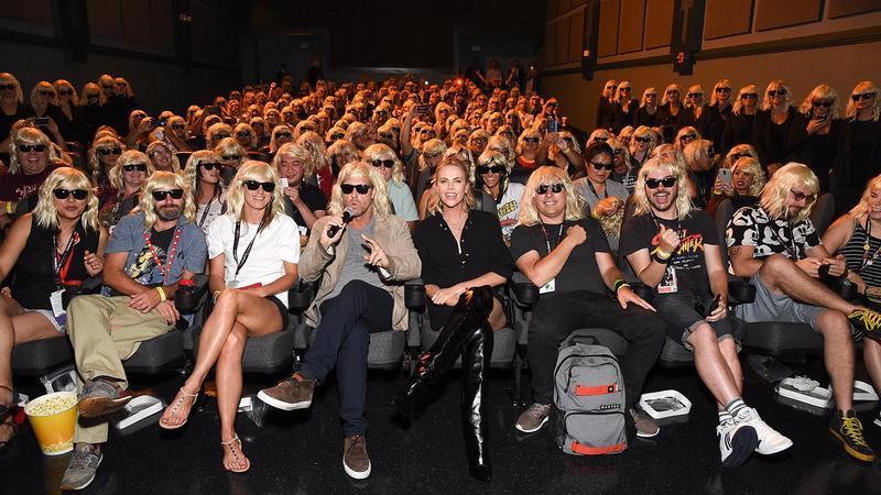 """""""Women Who Kick Ass"""": zobacz panel z udziałem Charlize Theron z Comic Con"""