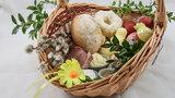 Wielkanoc 2021. Jak poświęcić pokarmy w domu? Kto ma to zrobić?