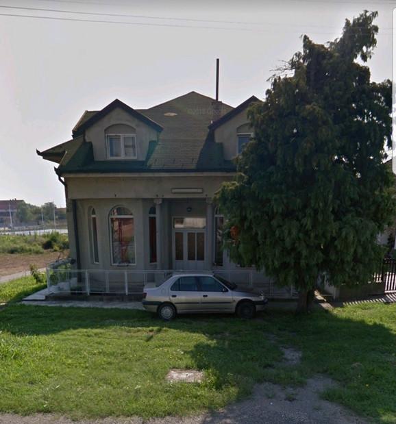 Šešeljeva kuća u Hrtkovcima