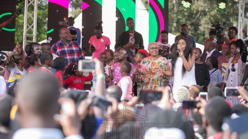 President Uhuru Kenyatta and First Lady Margaret Kenyatta when they hosted children to a Christmas Party at State House