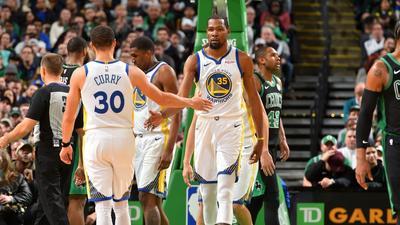 Golden State Warriors beat Boston Celtics to extend winning streak
