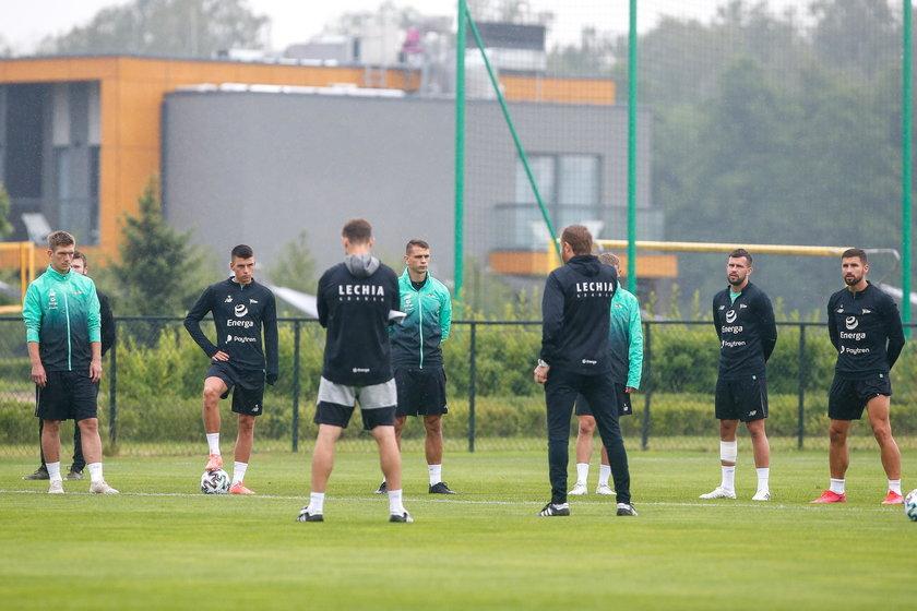 Lechia Gdańsk wznawia treningi po przymusowej przerwie