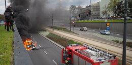 Samochód zapalił się na trasie WZ