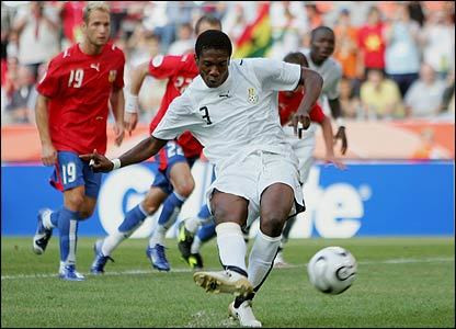 Gyan scores penalty against Czech Republic during 2006 World Cup