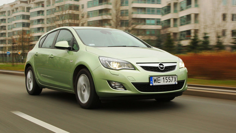 Wszystkie nowe Używany Opel Astra IV - ładny, ale do ideału daleko | Opinie UM85