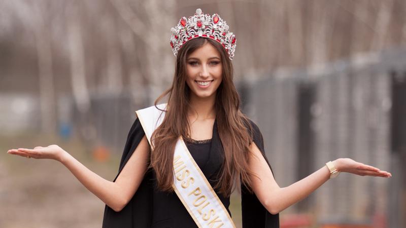 Miss Polski, Paulina Maziarz pomaga w schronisku w Korabiewicach
