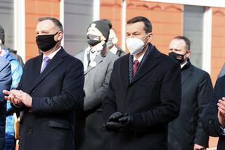 Większość Polaków negatywnie ocenia rząd, prezydenta i premiera [SONDAŻ]