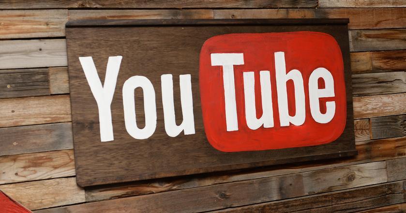 30-sekundowe reklamy na YouTubie potrafią frustrować użytkowników. Firma najwyraźniej to zrozumiała