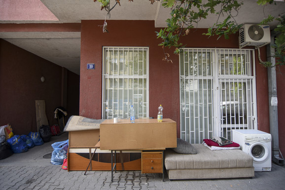 Novi Sad Radica Cvetanovic izbacena iz stana foto Nenad Mihajlovic 10