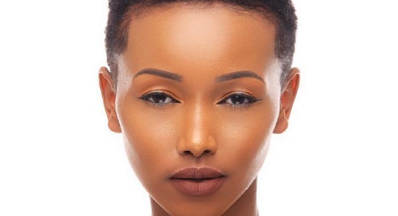 Best lipstick colors for black women (Huddahcosmetics)