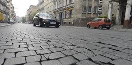 Starą kostkę zastąpi asfalt