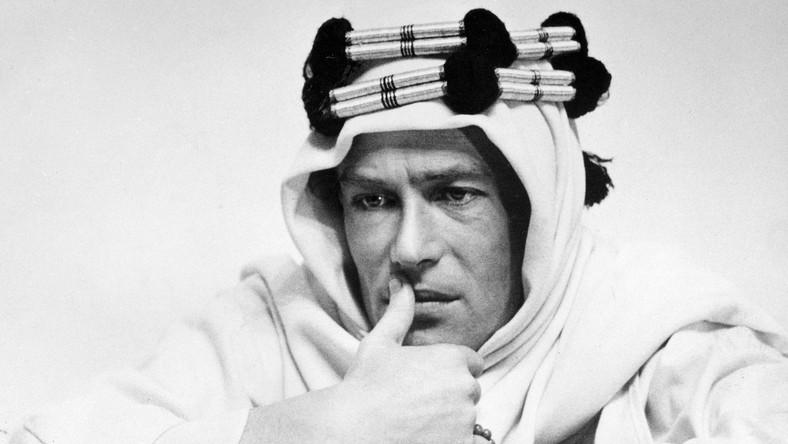 Peter O'Toole jako Lawrence z Arabii