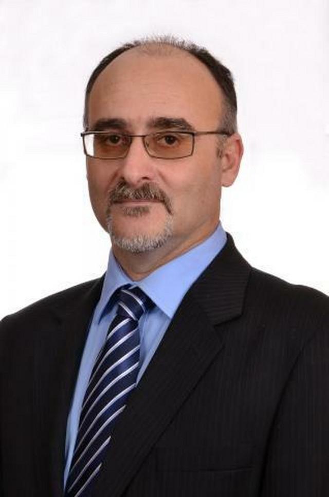 Zoltan Pek