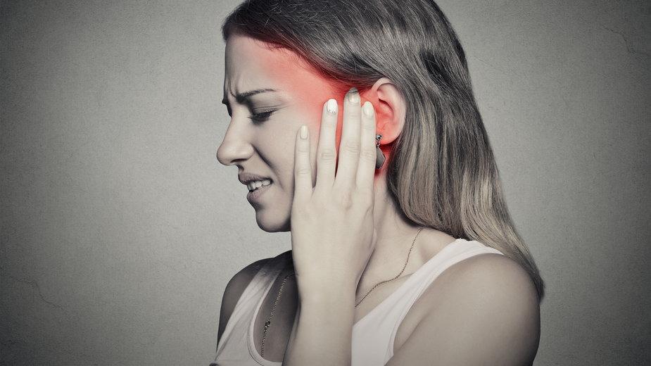 Ból ucha jest bardzo uciążliwy - pathdoc/stock.adobe.com