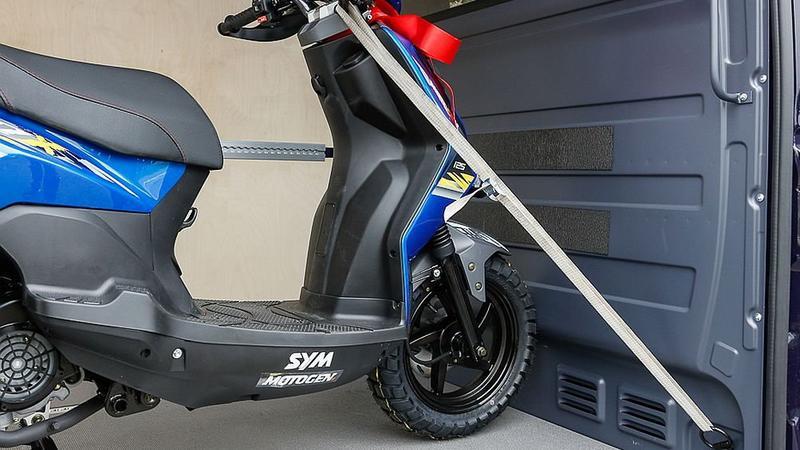 Jak zamocować motocykl do transportu