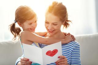 Wyższe zasiłki dla matek na urlopie