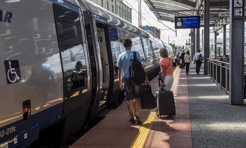 PKP Intercity zmienia warunki promocji cen biletów na najważniejszych trasach.