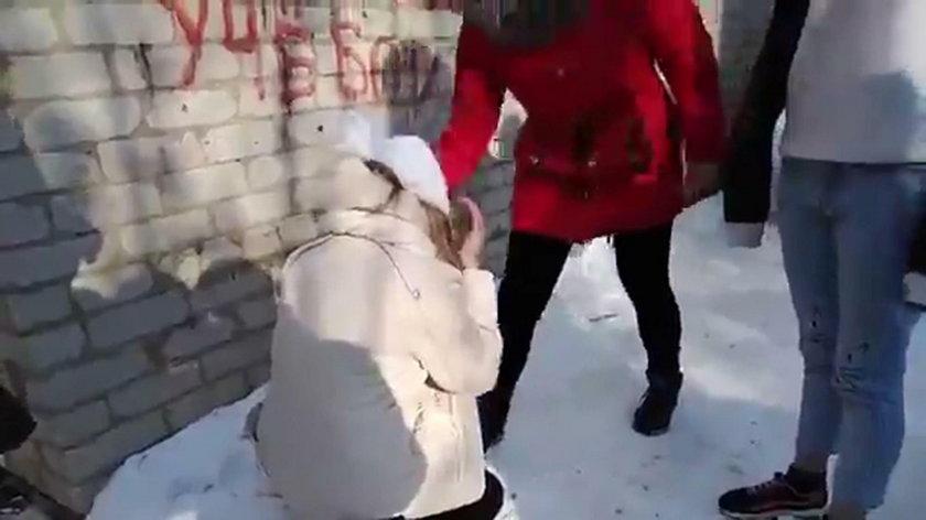 Nastolatki brutalnie skopały koleżankę. Wszystko się nagrało!