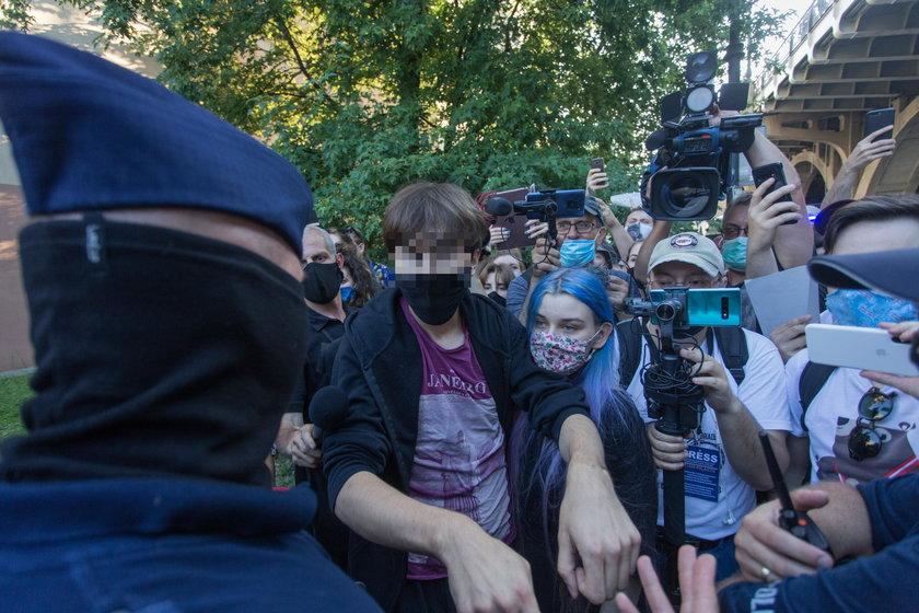 Warszawa: Margot po zatrzymaniu trafi do męskiego aresztu