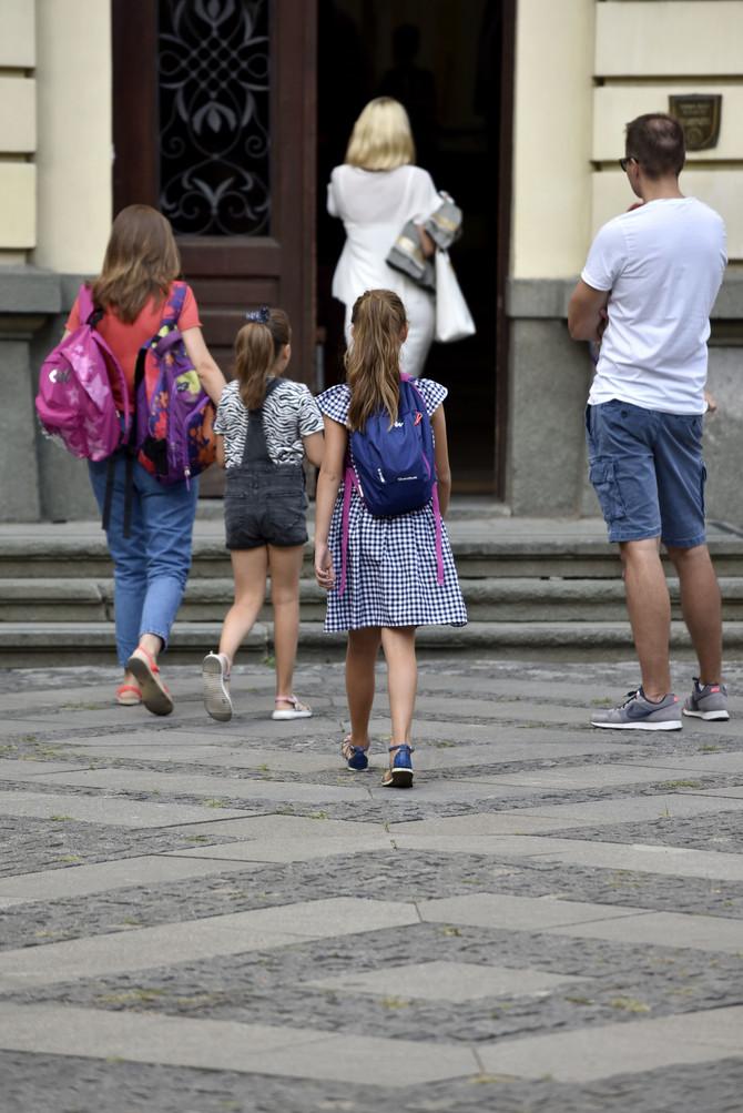 Moguće izmene u nastavi od naredne školske godine
