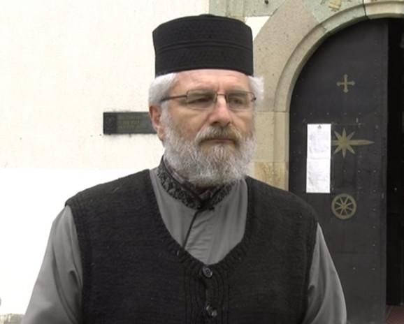 Otac Tomislav Milenković