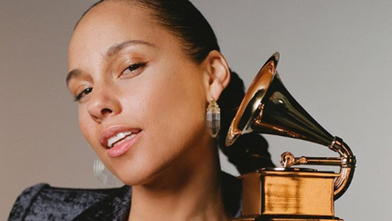 Alicia Keys announced as the host of the 2019 Grammys [Instagram/ AliciaKeys]