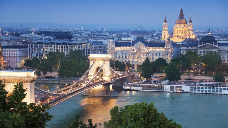 Węgry są popularnym kierunkiem wśród podróżujących samochodem
