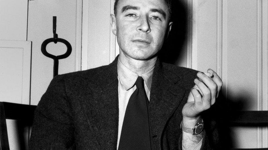 Robert Oppenheimer w 1945 r.