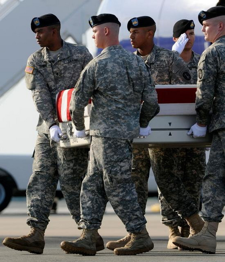 265843_britanski-vojnici-zrtve-avganistan-ap
