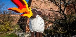 Pod Wawelem stanęła owca z klocków lego