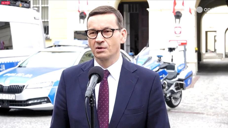 Premier na konferencji opowiedział o przypadku podpalenia punktu szczepień w Zamościu