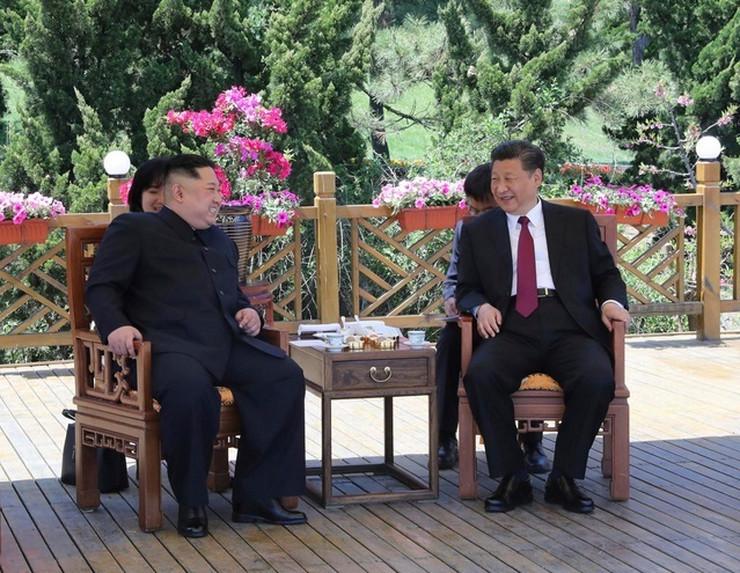 Kim Džong Un i Si Đinping AP