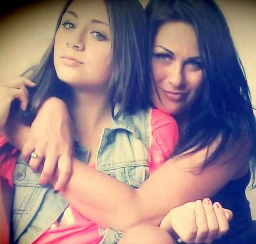 Anaid z mamą