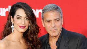 George Clooney i Amal Clooney na premierze filmu. Był z nimi ktoś jeszcze...