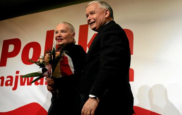 Prof. Jadwiga Staniszkis: – Pierwotna diagnoza Jarosława Kaczyńskiego brzmi: w Polsce od początku transformacji działał system oligarchiczny, na który nałożono rozwiązania demokratyczne, utrwalające oligarchię. Według niego walka z tym systemem usprawiedliwia działania rozmontowujące demokrację. fot. Sławomir Kamiński, AGENCJA GAZETA