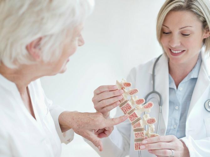Danas je Svetski dan borbe protiv OSTEOPOROZE, a ovo su PRIRODNI SAVEZNICI kostiju