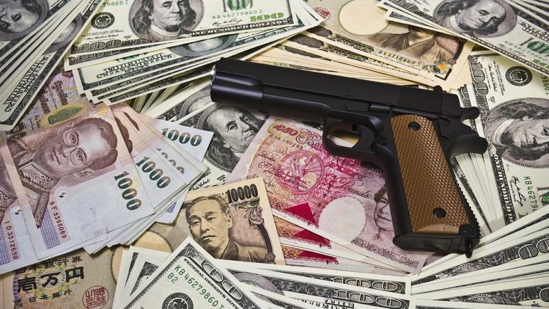 Yakuza zarabia ogromne pieniądze przez wymuszenia i szantaże