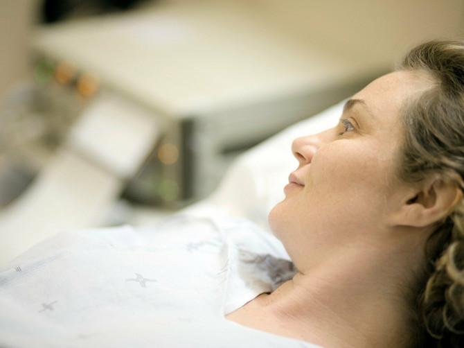 Moj muž je bio ČUDAN tokom cele trudnoće, a PAR SATI posle porođaja saznala sam i zašto. Sećanje na to će me PROGANJATI do kraja života!