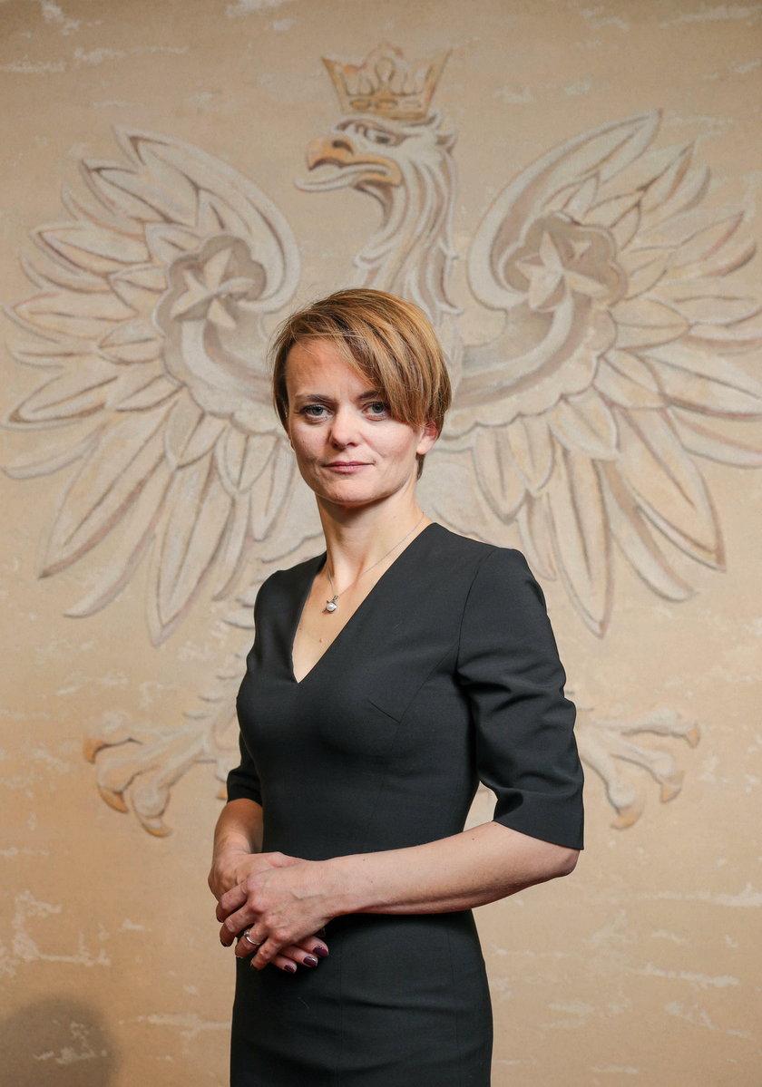 Trzeci wynik dla Jadwigi Emilewicz