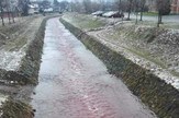 Reka Despotovica kod Gornjeg Milanovca, voda crvene boje
