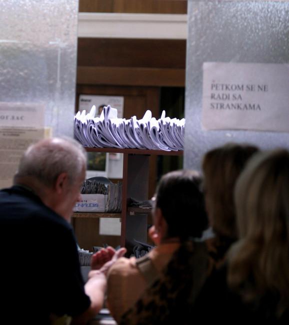 Gužve ne prestaju: u jednom od beogradskih sudova