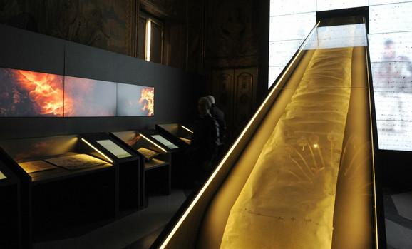 Prvi put u javnosti: Vatikan je objavio 100 tajnih dokumenata koji pokrivaju 1.200 godina istorije Svete Stolice