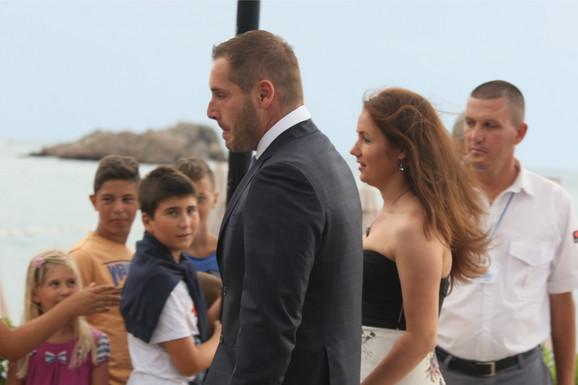 Miljan Amanović stiže na Novakovo venčanje