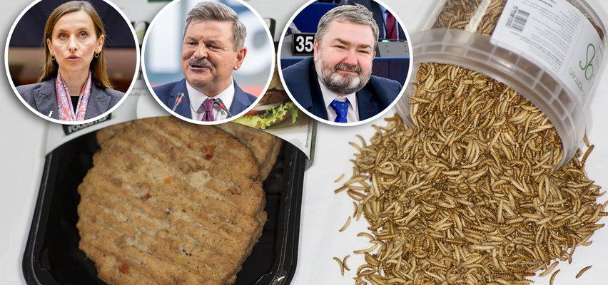 Tradycyjne kotlety znikną z naszych stołów?! To może być początek ich końca. Polscy politycy zniesmaczeni