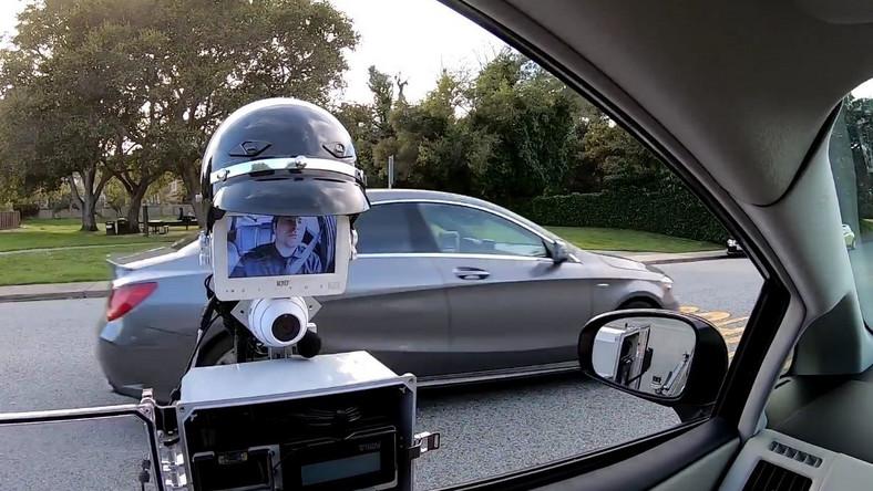 Policyjny robot GoBetween został opracowany w USA
