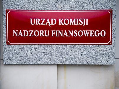 Według UKNF w Polsce spada zarówno liczba oddziałów bankowych, jak i zatrudnienie w sektorze