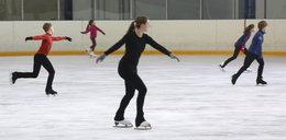 Baw się w ferie na lodowisku