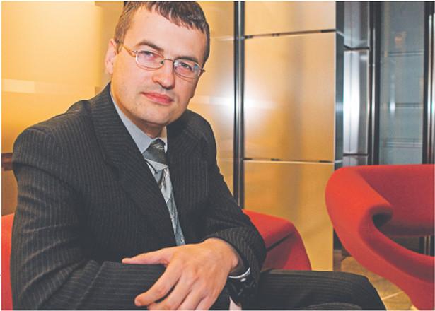 Dochód z odpłatnego zbycia rzeczy będzie podlegał opodatkowaniu według stawek progresywnych PIT: 18 i 32 proc. – wymienia Rafał Garbarz Fot. Wojciech Górski