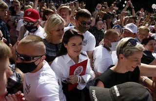 Białoruś: Wiec Cichanouskiej w Słucku odwołany, zatrzymania uczestników