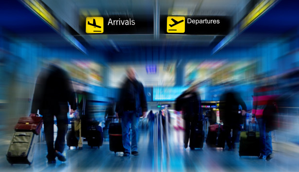 Jak poinformował rzecznik lotniska w Stuttgarcie z powodu strajku może dojść do opóźnień przy kontroli pasażerów.